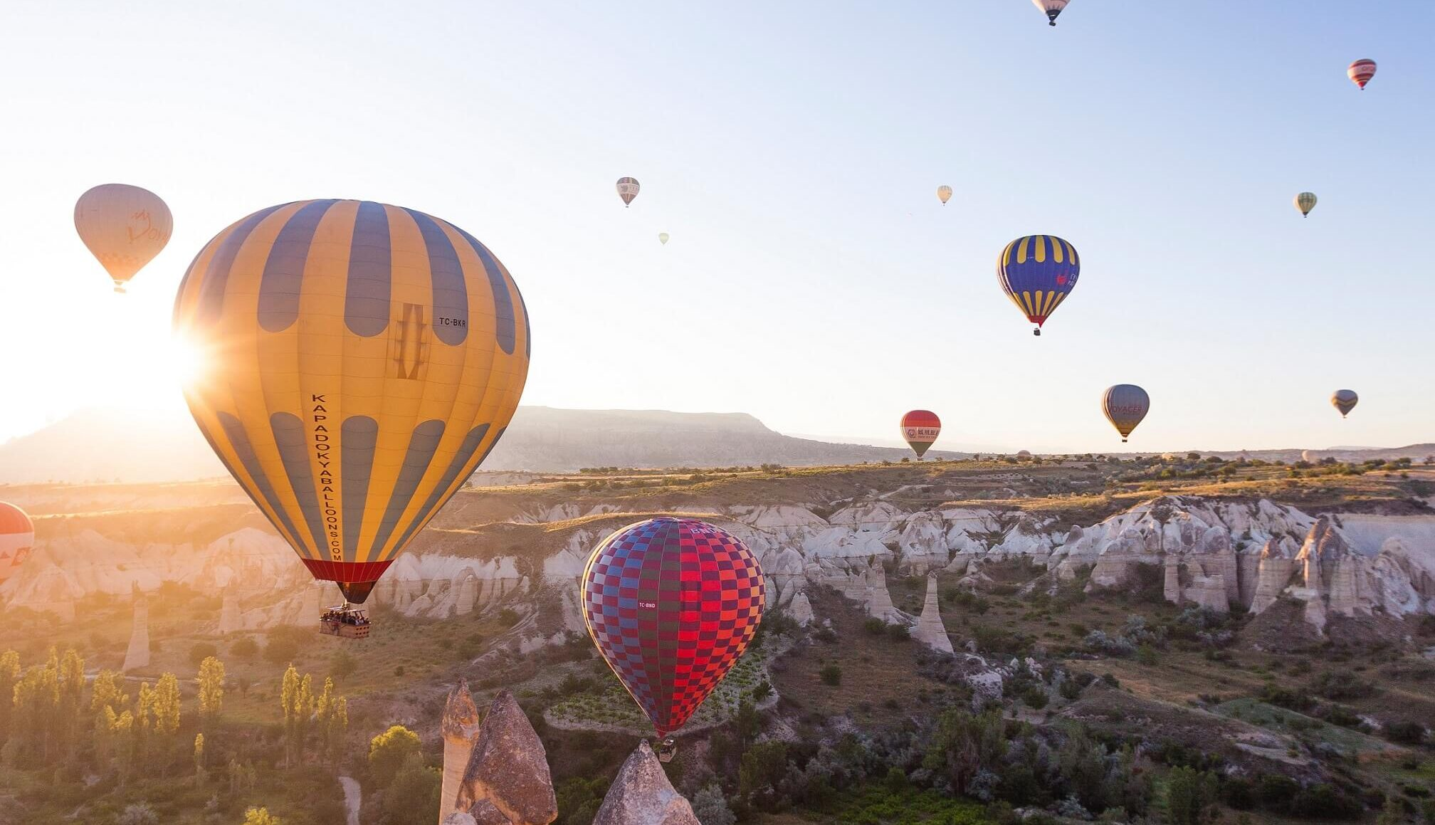 all-you-need-to-know-about-upcoming-eos-airdrops[1]
